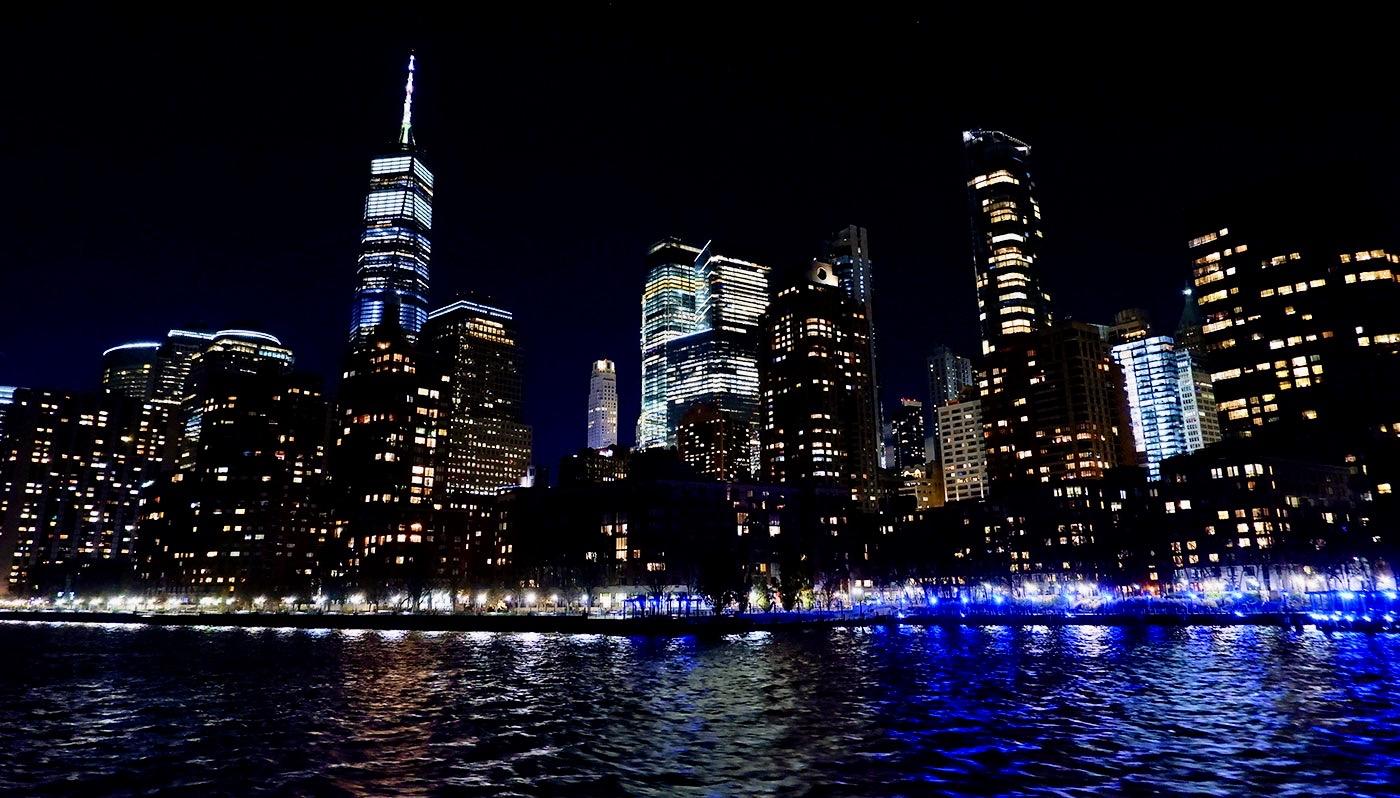 Thanksgiving Bootstouren mit Abendessen in New York - Aussicht