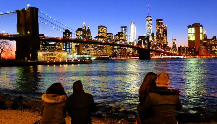 Brooklyn Bridge in New York - Skyline