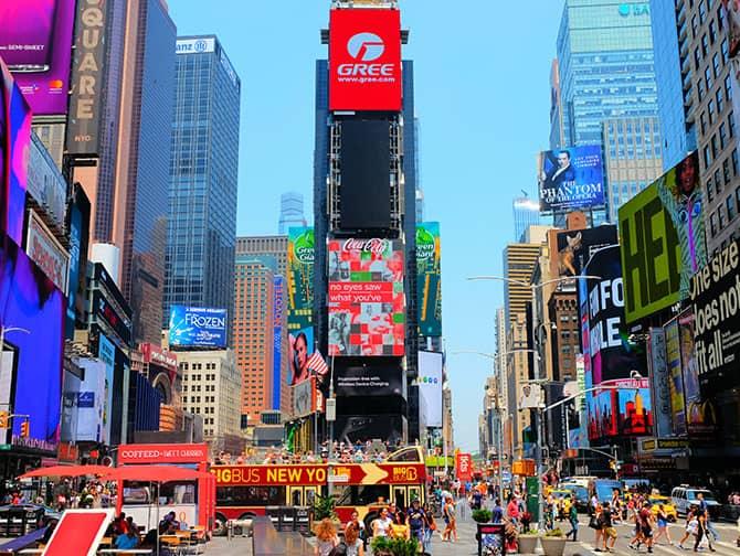 Times Square in New York - Werbetafeln