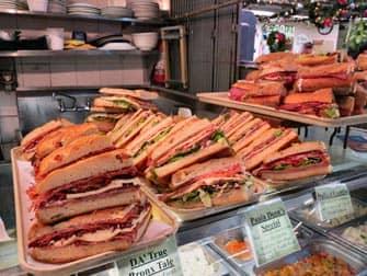 Sandwiches beim italienischen Markt bei Bronx tour