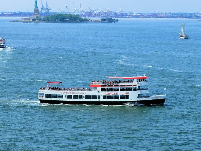 New York CityPASS - Circle Line Bootstour