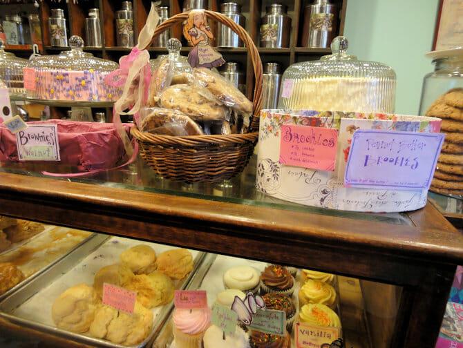 Süßigkeiten bei Alices Tea Cup in NYC