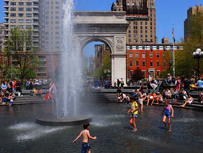Parks in New York - Washington Square Park