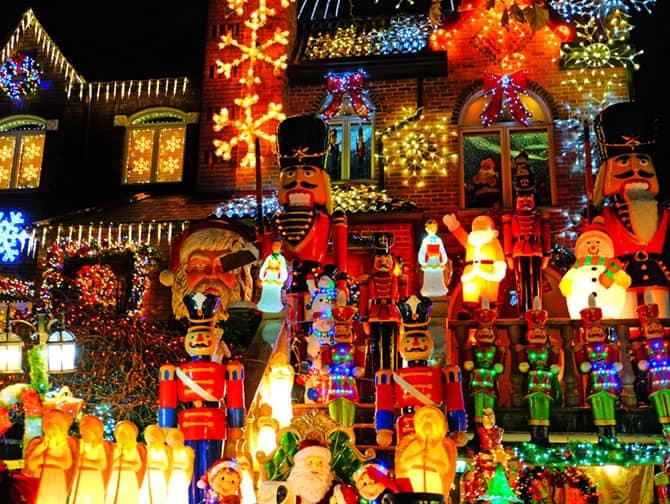 Weihnachtszeit in New York - Dyker Heights