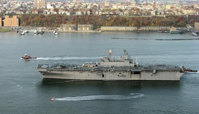 New York City Flotten Woche Schiff