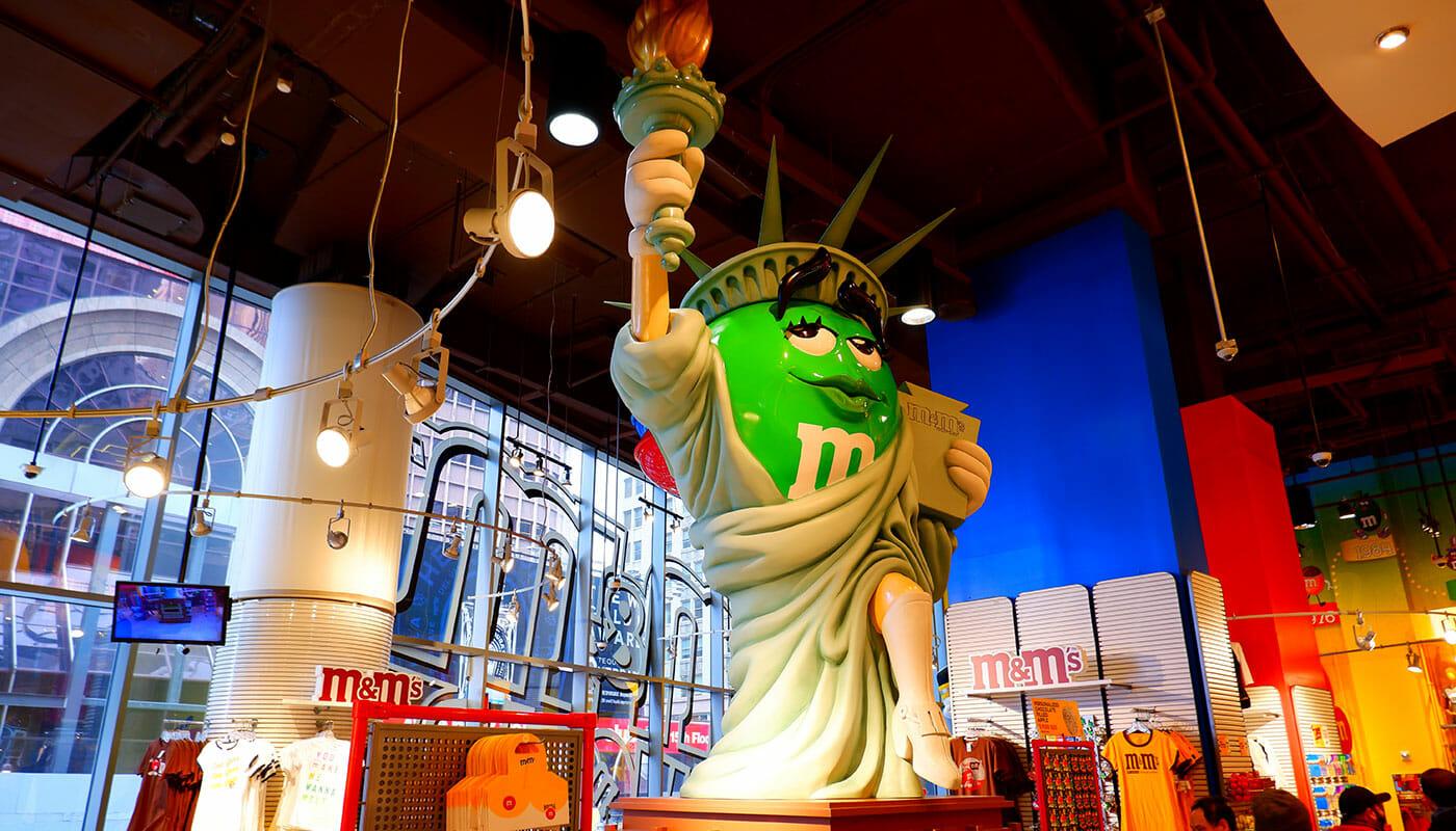 M&M's Store am Times Square - Freiheitsstatue