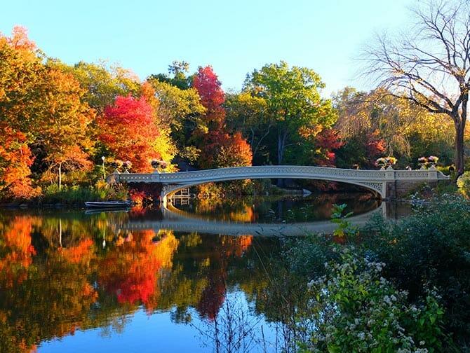 Rundgang zu den Filmdrehorten im Central Park - Bow Bridge