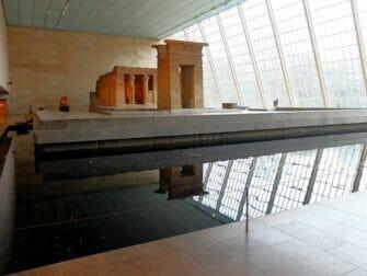 The Metropolitan Museum of Art in New York - Temple von Dendur