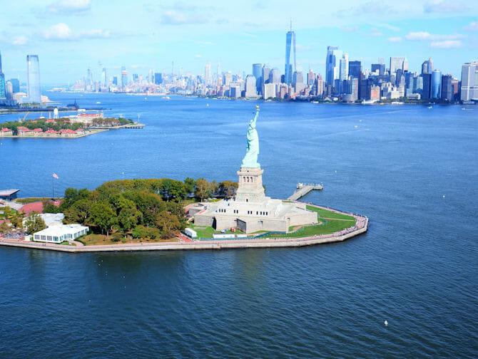 New York Helikopter-Rundflug - Freiheitsstatue & Downtown