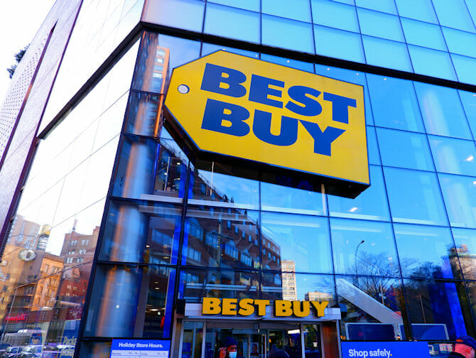 Elektrische Geräte und Gadgets in NYC - BestBuy