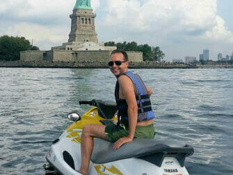 Jetski fahren in New York - Freiheitsstatue