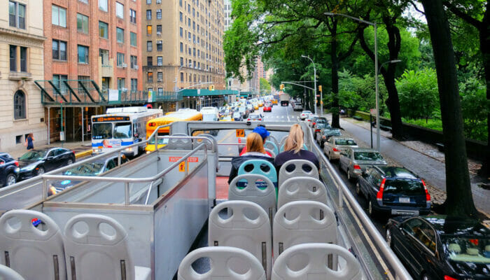 Gray Line Hop on Hop off Bus in New York - Reiseleiter
