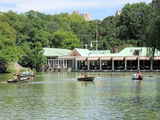Ruderbootverleih im Central Park - Das Loeb Boathouse