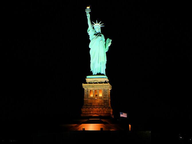 Hudson River Bootstour mit Abendessen in New York - Jacht