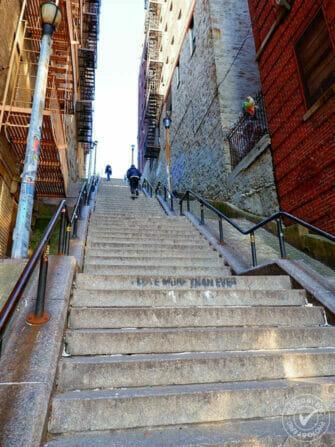 Die Bronx - Joker Stairs Eric