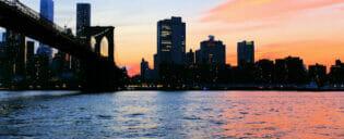 bootstour in der daemmerung in new york