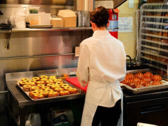 Beste Donuts in New York - Dominique Ansel Bakery Innen