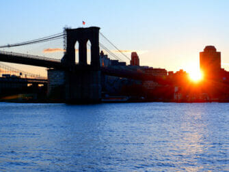 South Street Seaport in New York - Brooklyn Bridge