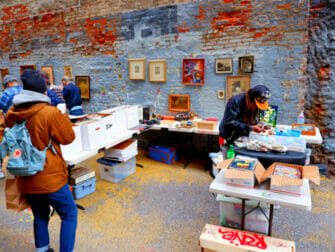 Flohmärkte in New York - Chelsea Flea Market