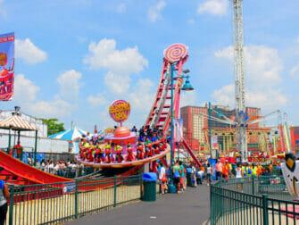 Luna Park in Coney Island Tickets Freizeit Park Fahrt